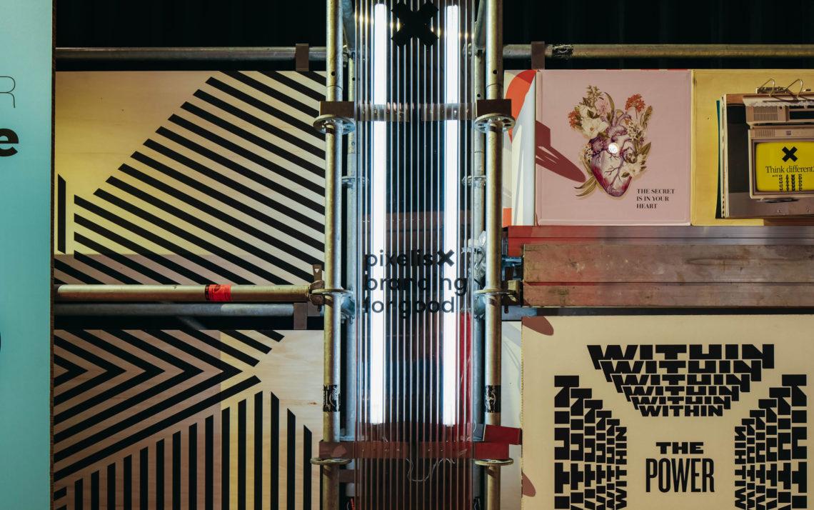 fairly scénographie design espace matériaux bois